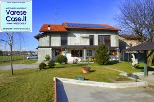 oleggio villa vendita casa indipendente