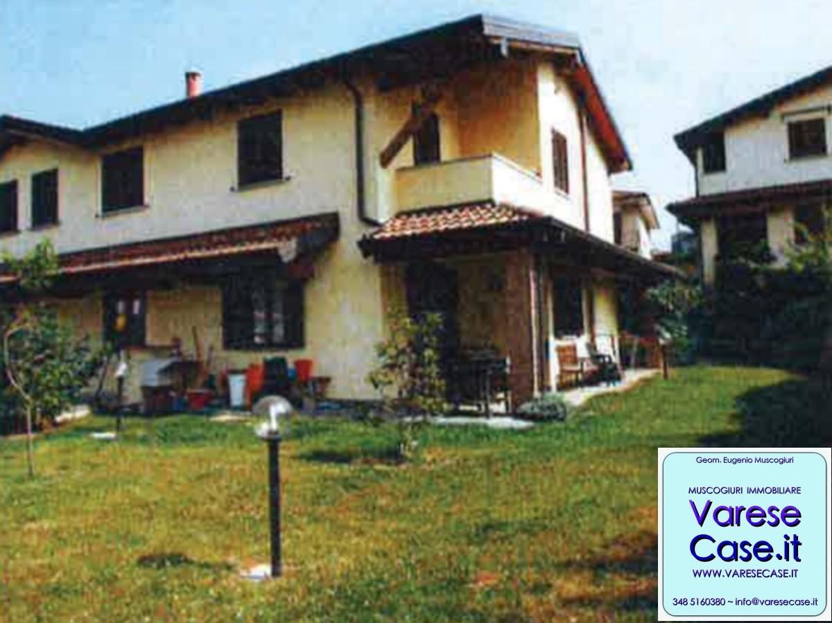 Travedona Monate, Villa, Villa Bifamiliare, Porzione Di Villa,  Compravendita, Acquisto ...